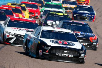 Kevin Harvick, Stewart-Haas Racing, Ford Mustang Jimmy John's Freaky Fast Rewards, Clint Bowyer, Stewart-Haas Racing, Ford Mustang Mobil 1 / HAAS CNC, Kyle Busch, Joe Gibbs Racing, Toyota Camry Sport Clips