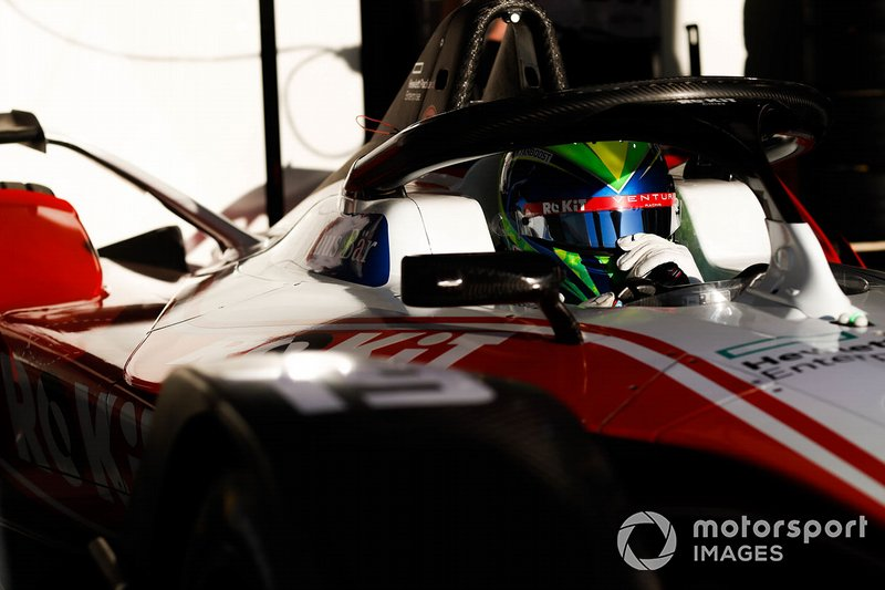 Felipe Massa, Venturi, EQ Silver Arrow 01 in the garage