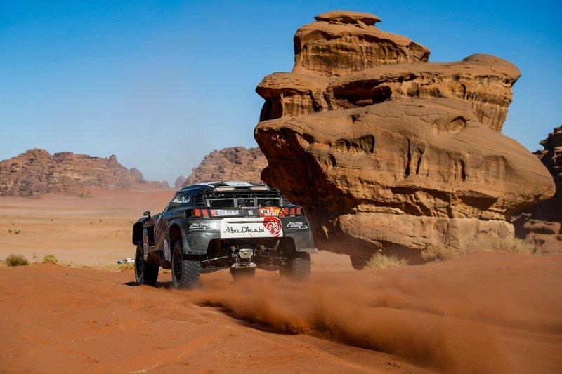 #308 Abu Dhabi Racing Peugeot 3008 DKR: Sheikh Khalid Al Qassimi, Xavier Panseri