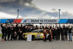 #650 BMW M240i Racing Cup: Yannick Fübrich, David Griessner with Pixum Team Adrenalin Motorsport