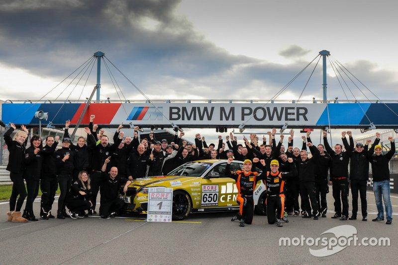 #650 BMW M240i Racing Cup: Yannick Fübrich, David Griessner with Pixum Team Adrenalin Motorsport