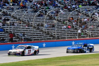 Denny Hamlin, Joe Gibbs Racing, Toyota Camry FedEx Office, Ricky Stenhouse Jr., Roush Fenway Racing, Ford Mustang Fastenal