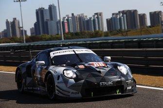 Томас Прейнинг, Анджело Негро и Уильям Бамбер, Dempsey-Proton Racing, Porsche 911 RSR (№88)