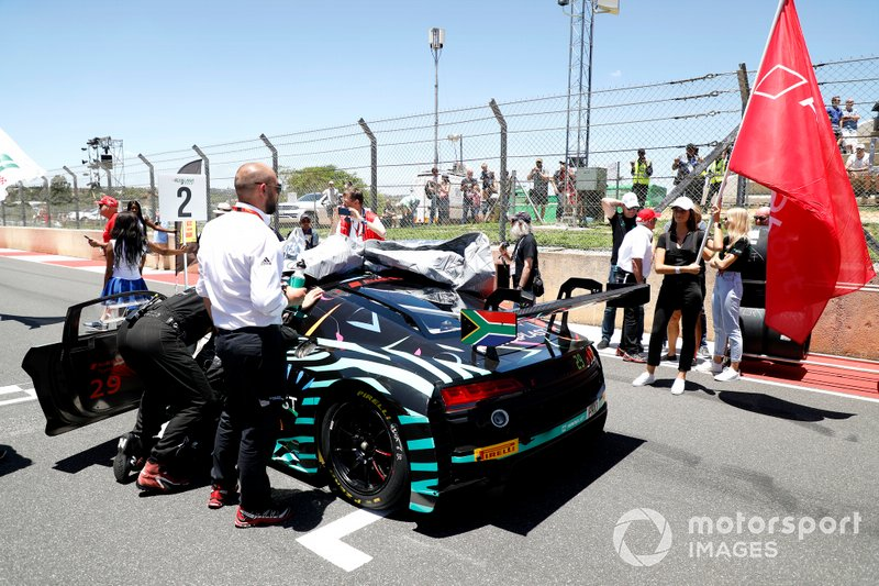 #29 Audi Sport Team Land Audi R8 LMS GT3 2019: Christopher Haase, Christopher Mies, Markus Winkelhock