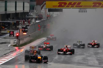 Sebastian Vettel, Red Bull Racing RB6 Renault devant Mark Webber, Red Bull Racing RB6