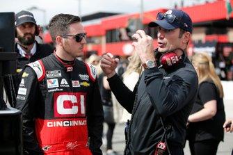 Alex Bowman, Hendrick Motorsports, Chevrolet Camaro Cincinnati Max Papis