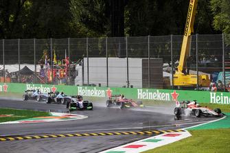 Leonardo Pulcini, Campos Racing, Anthoine Hubert, ART Grand Prix, David Beckmann, Trident bij de start