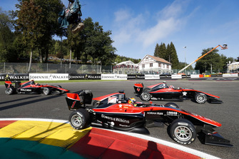 Callum Ilott, ART Grand Prix, leads Jake Hughes, ART Grand Prix and Nikita Mazepin, ART Grand Prix