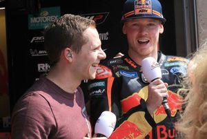 Bradley Smith, Red Bull KTM Factory Racing, mit Stefan Bradl, ServusTV