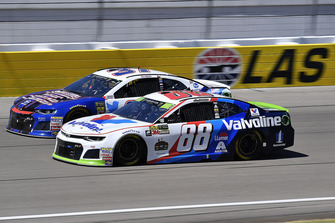 Alex Bowman, Hendrick Motorsports, Chevrolet Camaro Valvoline e Chris Buescher, JTG Daugherty Racing, Chevrolet Camaro Natural Light Race Day Resume