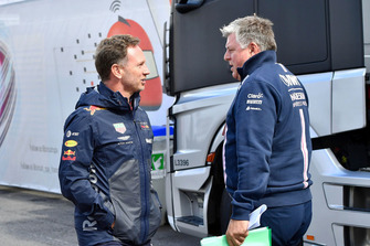 Christian Horner, teambaas Red Bull Racing en Otmar Szafnauer, teambaas Racing Point Force India F1 Team