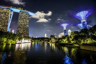 Marina Bay Sands Hotel und Supertree Grove in Singapur