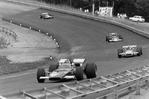 Ignazio Giunti, Ferrari 312B leads Chris Amon, March 701 Ford and Jochen Rindt, Lotus 72C Ford