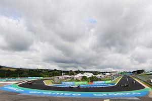 Карлос Сайнс, McLaren MCL35, Пьер Гасли, AlphaTauri AT01, Даниэль Риккардо, Renault F1 Team R.S.20, прогревочный круг