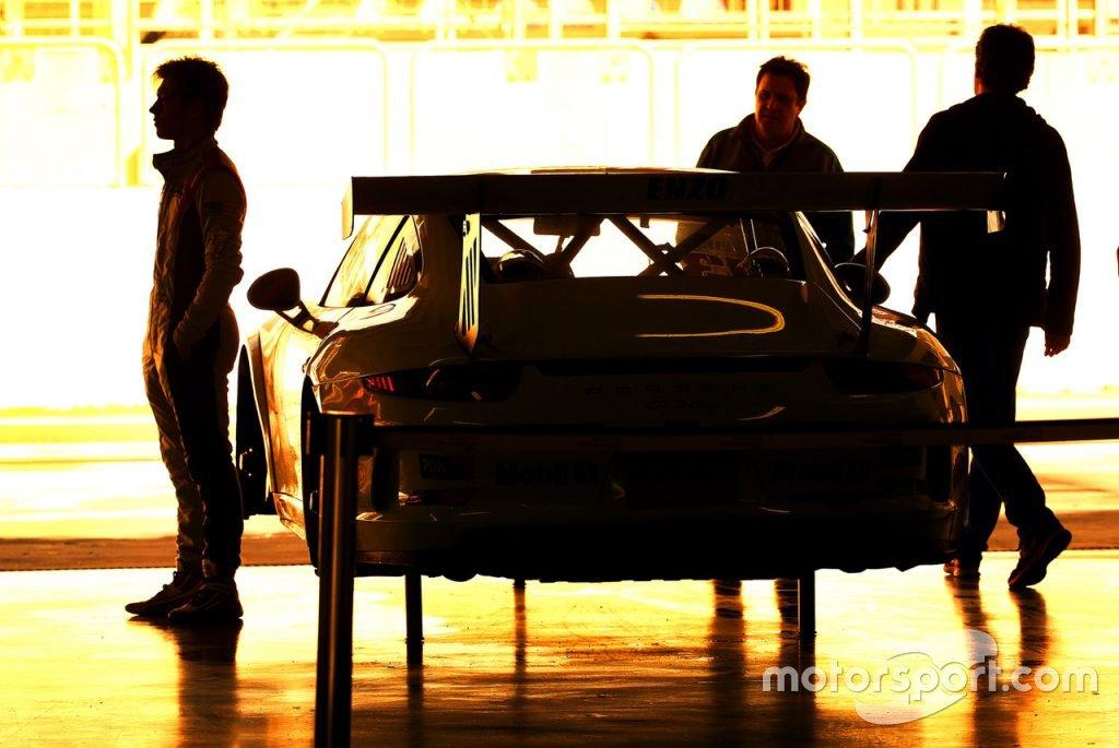 "#11 ""Porsche Junior Program"""