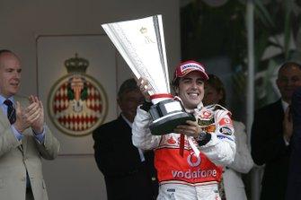 Ganador Fernando Alonso, McLaren Mercedes
