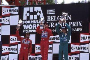 Podio: ganador de la carrera Ayrton Senna, McLaren, segundo lugar Alain Prost, McLaren, tercer lugar Thierry Boutsen, Benetton