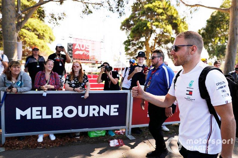 O GP da Austrália de F1 estava previsto para acontecer, com presença de público e tudo.