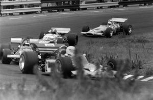 John Miles, Lotus 72B Ford, Piers Courage, De Tomaso 308 Ford y Jean-Pierre Beltoise, Matra MS120
