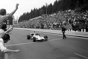 Pedro Rodriguez, takes the flag to win in his BRM P153