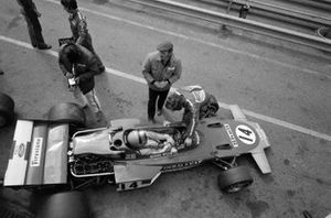 Reine Wisell, Lotus 72D Ford with Colin Chapman