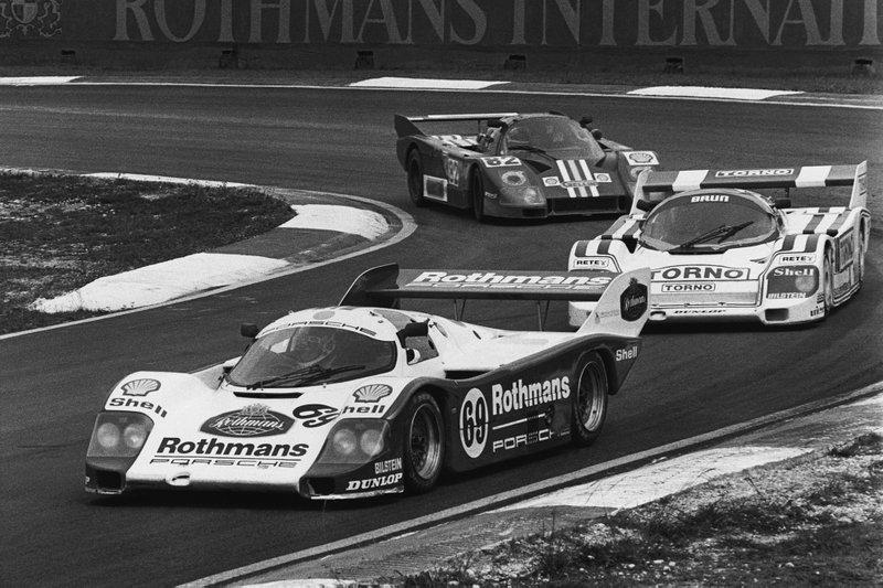 1985 Selangor 800: Vern Schuppan, James Weaver, Porsche 956, leads Oscar Larrauri, Massimo Sigala, Frank Jelinski, Porsche 956