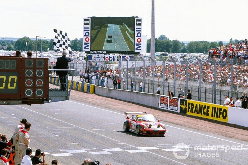 Le Mans 1997: Michel Neugarten, Jean-Claude Lagniez, Guy Martinolle, Porsche 911 GT2