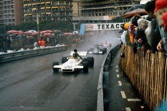 Graham Hill, Brabham BT37 Ford, Carlos Pace, March 711 Ford, y Niki Lauda, March 721X Ford