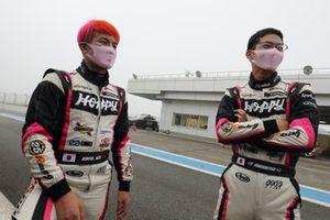 佐藤公哉 Kimiya Sato、松井孝允 Takamitsu Matsui(#25 HOPPY Porsche)