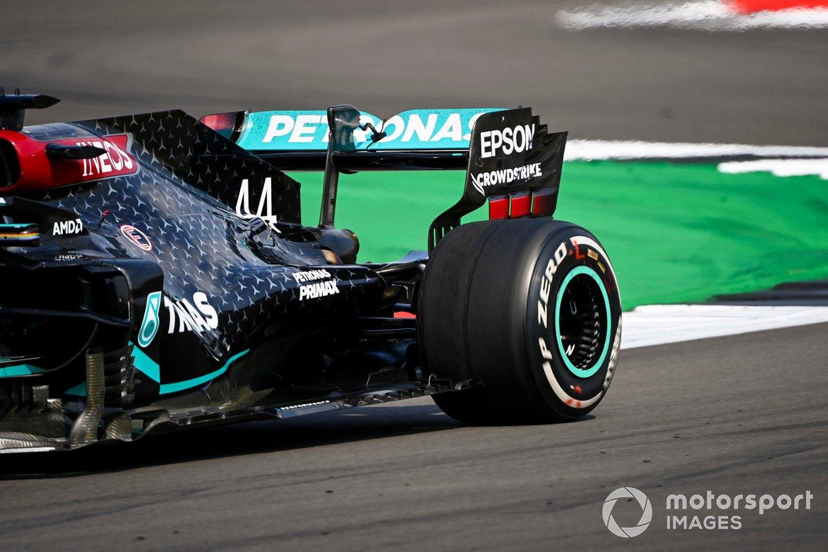 El desgaste del neumático trasero de Lewis Hamilton, Mercedes F1 W11