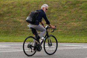 Damon Hill, Sky TV, on a bike