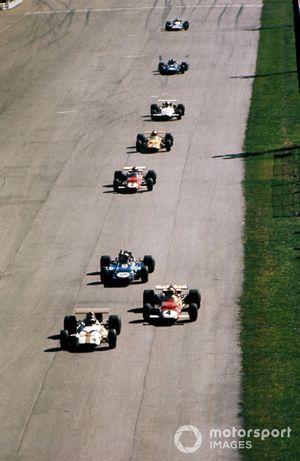 Jackie Oliver, BRM P153, Clay Regazzoni, Ferrari 312B y Jackie Stewart, Tyrrell Racing Organisation March 701