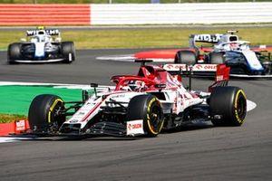 Kimi Raikkonen, Alfa Romeo Racing C39, George Russell, Williams FW43, and Nicholas Latifi, Williams FW43