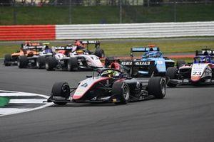 Max Fewtrell, Hitech Grand Prix, leads Roman Stanek, Charouz Racing System