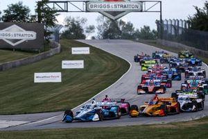 Start zu Rennen 1 in Elkhart Lake 2020: Josef Newgarden, Team Penske Chevrolet, führt