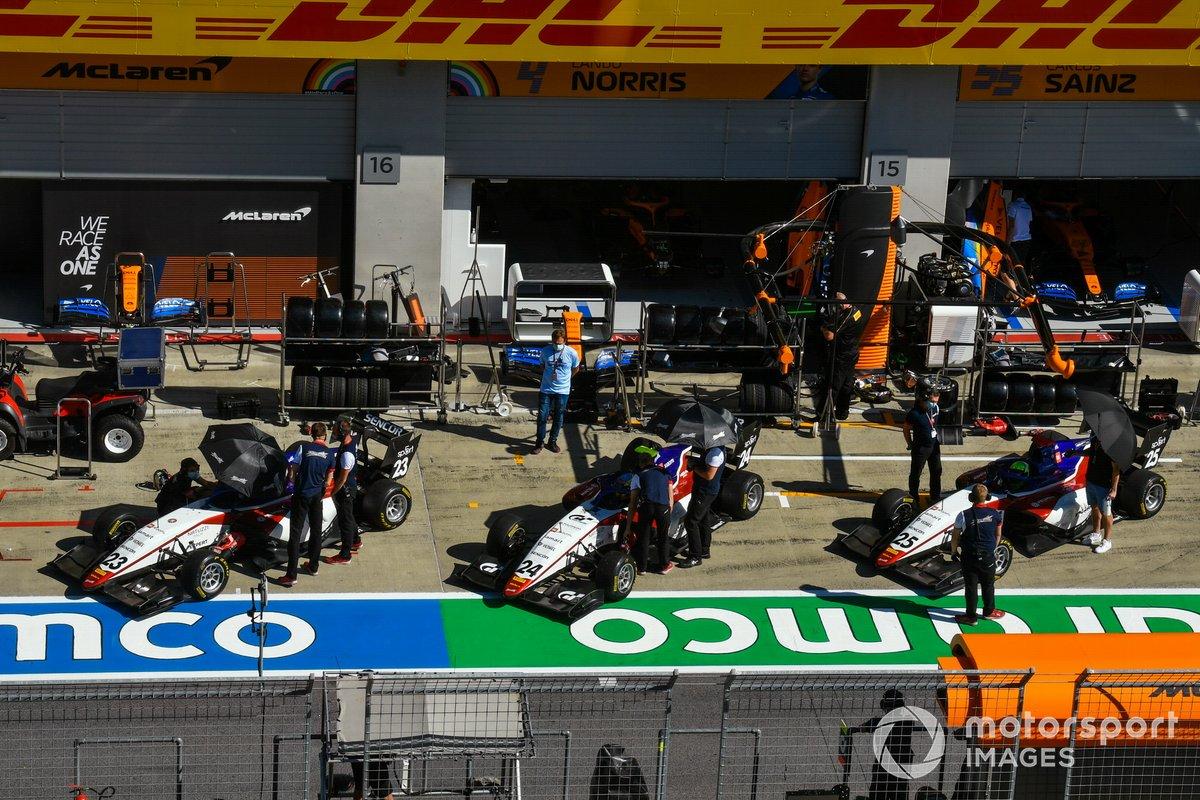 Niko Kari, Charouz Racing System, Igor Fraga, Charouz Racing System e David Schumacher, Charouz Racing System