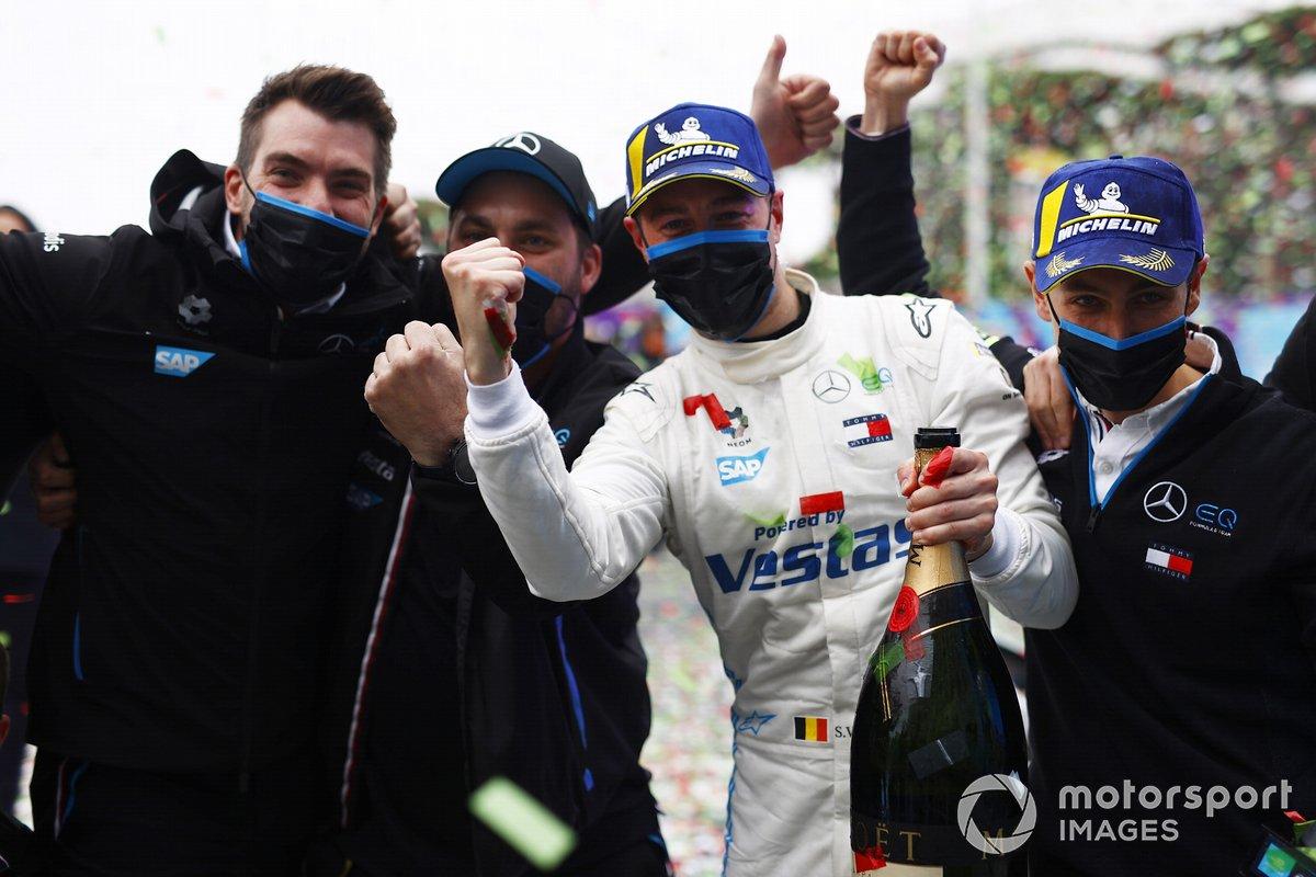 Stoffel Vandoorne, Mercedes-Benz EQ celebra la victoria