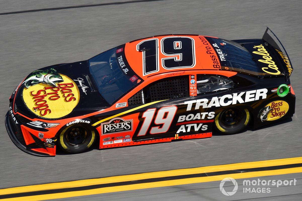 26. Martin Truex Jr. - Joe Gibbs Racing