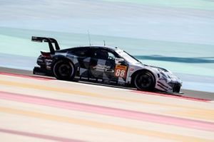 #88 Dempsey-Proton Racing Porsche 911 RSR: Khalid Al Qubaisi, Jaxon Evans, Marco Holzer