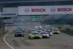 Start zum DTM-Finale 2020 in Hockenheim: Mike Rockenfeller, Audi Sport Team Phoenix, Audi RS 5 DTM, führt