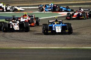 Lirim Zendeli, MP Motorsport, leads Christian Lundgaard, ART Grand Prix