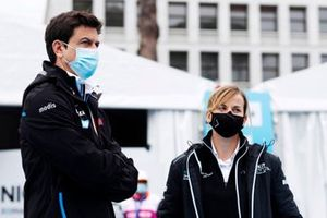 Toto Wolff, Executive Director (Business), Mercedes AMG, Susie Wolff, Team Principal, Venturi
