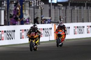 Sam Lowes, Marc VDS Racing Team chequered flag