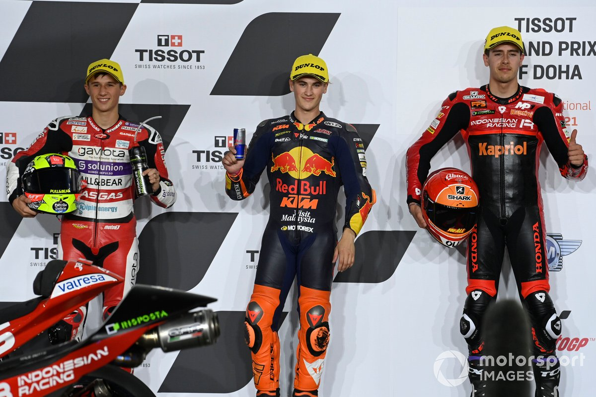 Top 3 clasificados: Jaume Masia, Red Bull KTM Ajo Sergio Garcia, Aspar Team Moto3 Jeremy Alcoba, Team Gresini Moto3 parc ferme