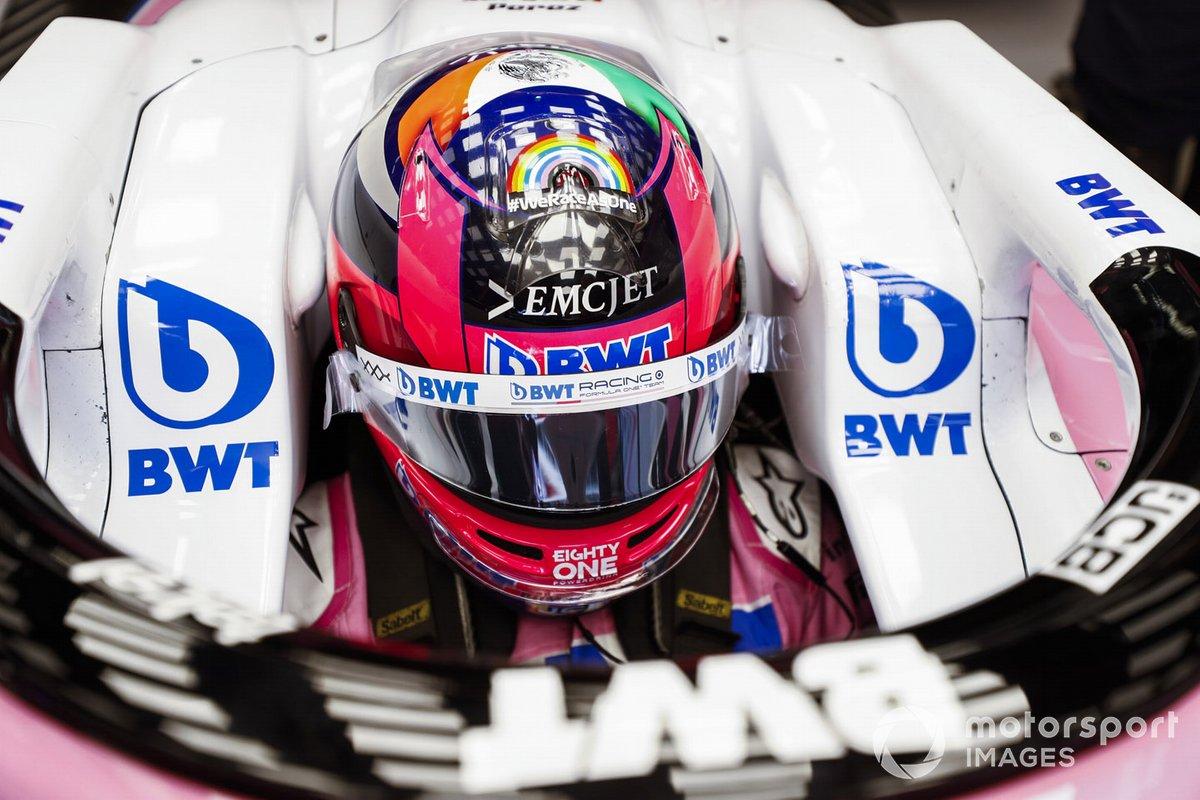 Sergio Perez, Racing Point, en su cockpit