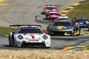 #912 Porsche GT Team Porsche 911 RSR - 19, GTLM: Laurens Vanthoor, Earl Bamber, Mathieu Jaminet, #4 Corvette Racing Corvette C8.R, GTLM: Oliver Gavin, Tommy Milner, Marcel Fassler