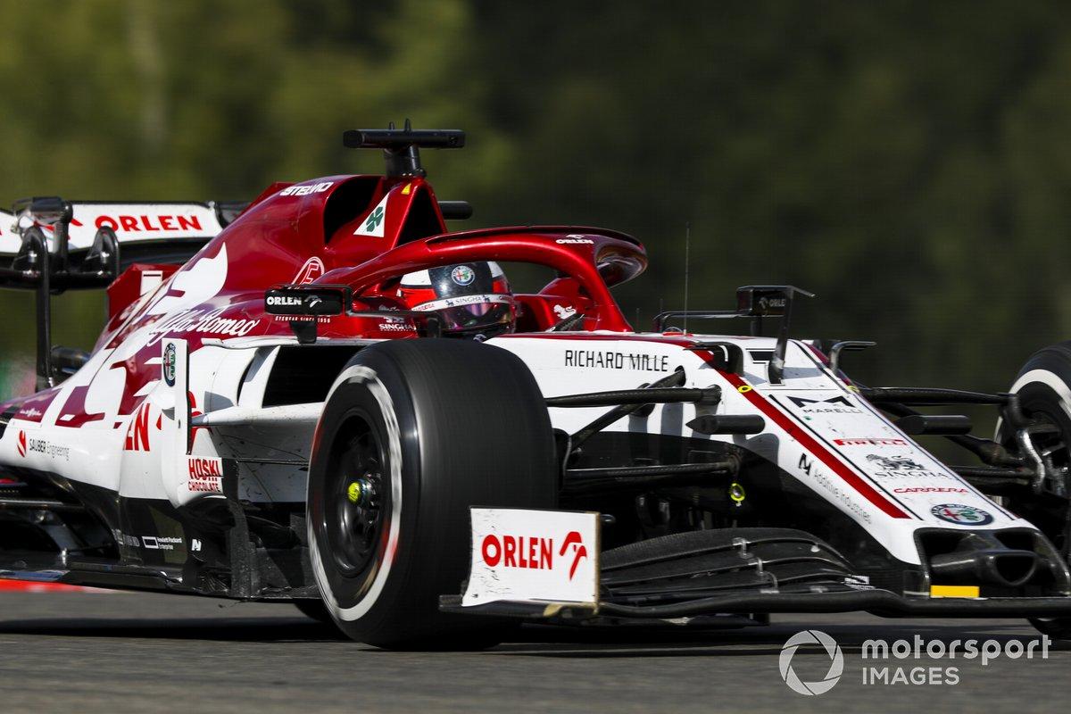Alfa Romeo Racing C39, con motor Ferrari 065 V6 t h (2020)