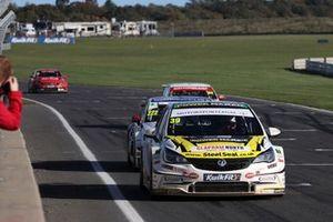 Jessica Hawkins, Power Maxed Car Care Racing