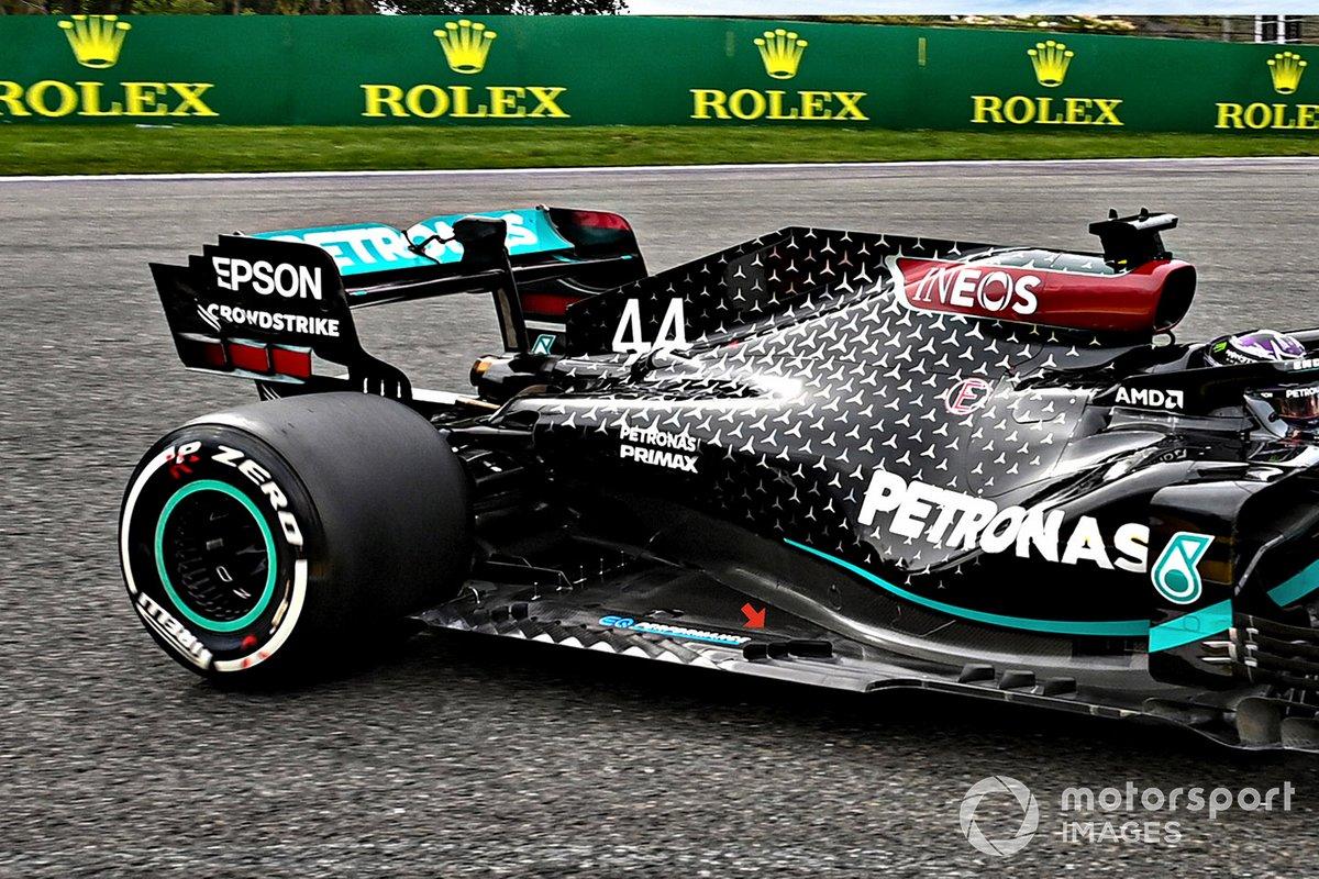 Dettagli del fondo Mercedes F1 W11