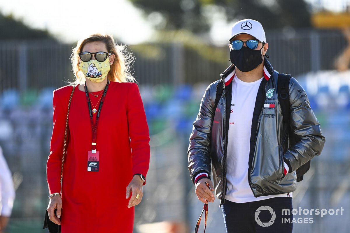 Tiffany Cromwell y Valtteri Bottas, Mercedes-AMG F1